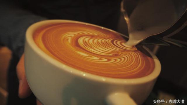 咖啡拉花的评判标准是什么?如何学习?