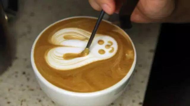 咖啡怎么能够拉出花来?搞懂拉花常见四大问题